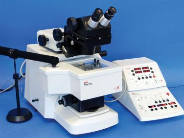Precision Motorized Microtome